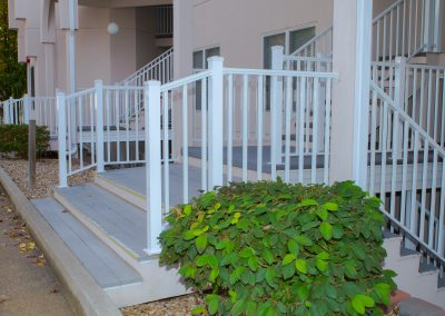 White Railing w- stair brackets and base covers